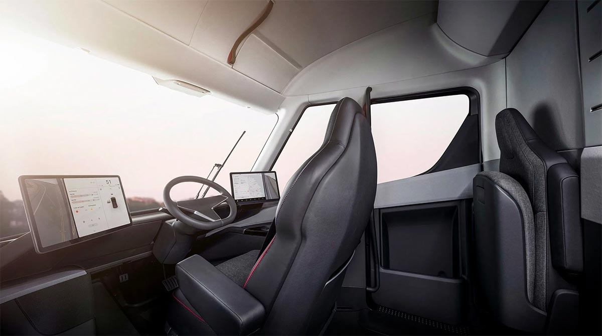 Imagen del interior del Tesla Semi