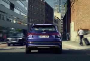 Audi-e_tron-S-Line_trasera