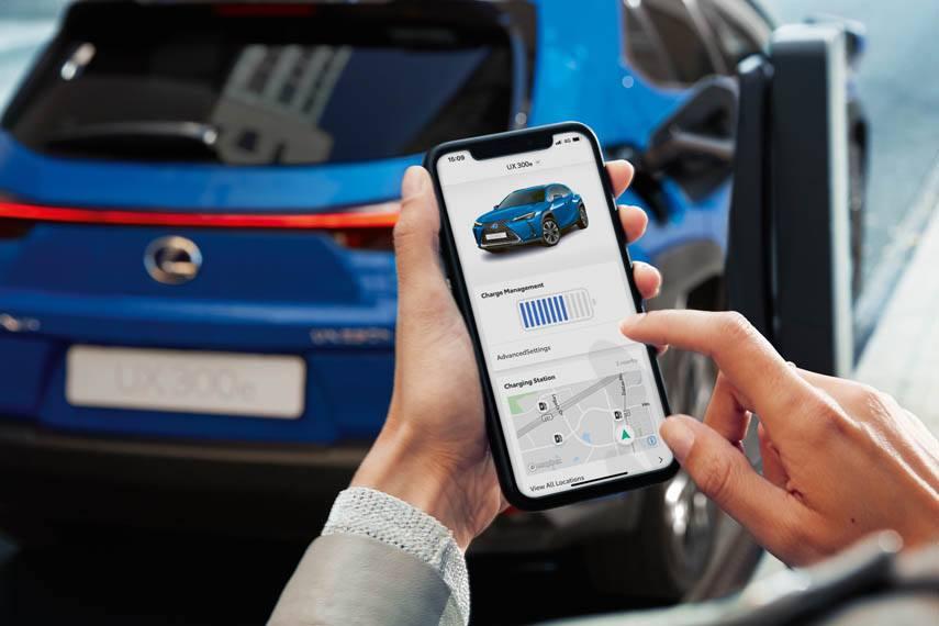 Lexus-UX-300e-electrico_app