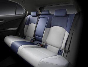 Lexus-UX-300e-electrico_interior-plazas-traseras