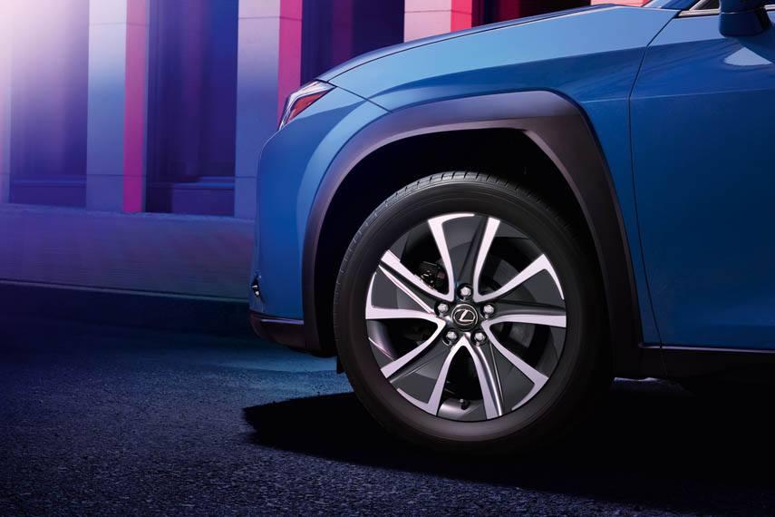 Lexus-UX-300e-electrico_ruedas