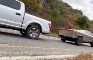 Tesla Cybertruck arrastrando a la Ford F-150