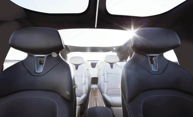 lucid-air-sedan-lujo-electrico_interior