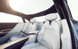 lucid-air-sedan-lujo-electrico_interior-plazas-traseras