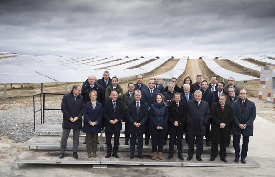 Ekian_parque-solar-Pais-Vasco-Irizar_inauguracion