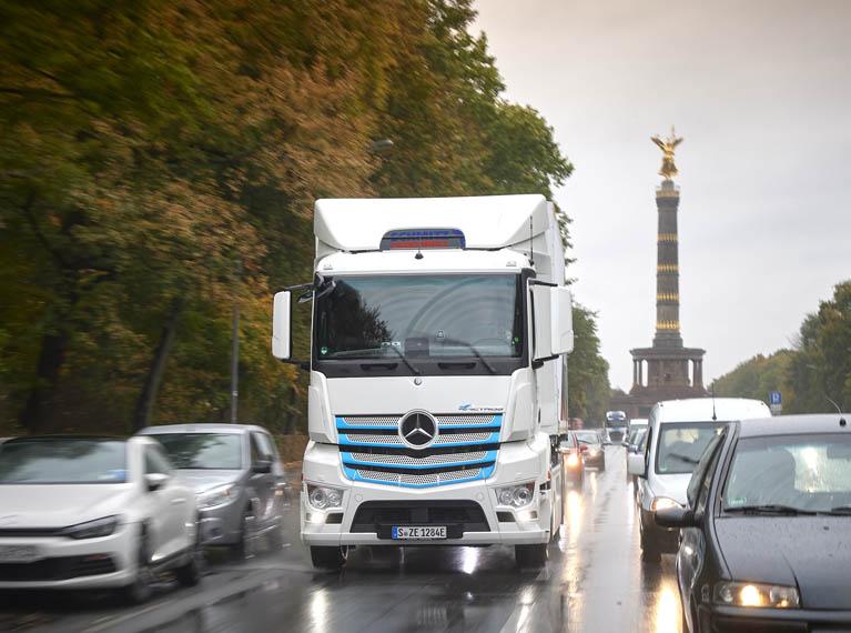 Mercedes-Benz-e-Actros