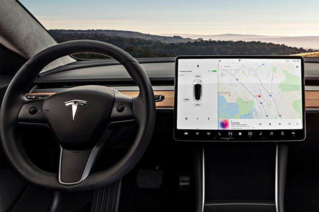 Actualización de la navegación con puntos de carga de terceros en los Tesla