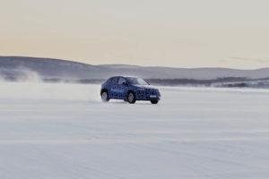 Mercedes-Benz-EQA-pruebas-invierno-Suecia_2