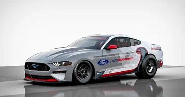 Foto del adaptado Mustang Cobra 100% eléctrico