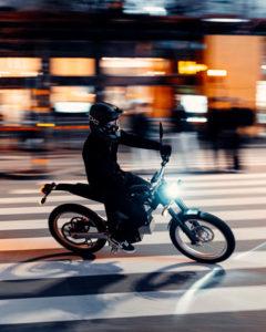 nueva-motocicleta-electrica-cake-kalk-ink-sl_ciudad