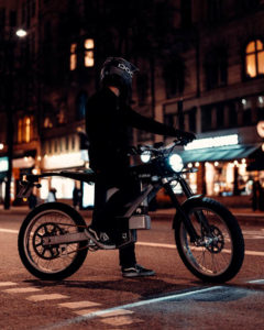 nueva-motocicleta-electrica-cake-kalk-ink-sl_ciudad2