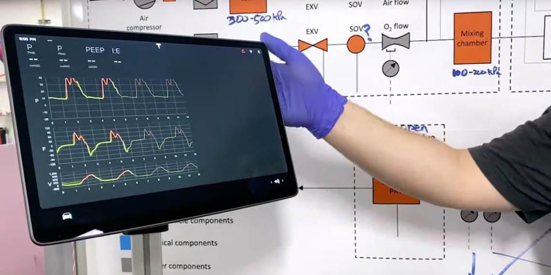 pantalla-tesla-model-3-usada-respitadores-coronavirus