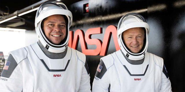 Foto de los dos astronautas de la NASA que irán a la Estación Espacial Internacional en el cohete de SpaceX