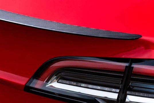 Compra el alerón del Tesla Model 3 Performance y móntalo en un tu Model 3