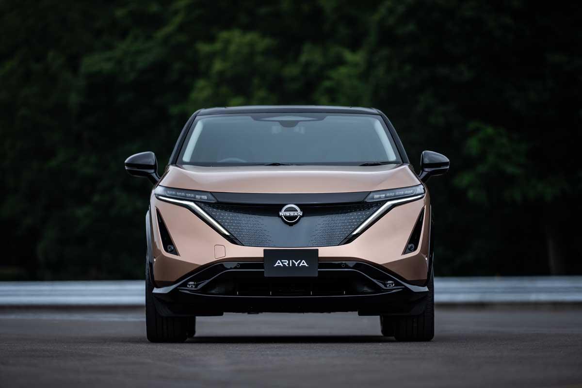 Nissan-Ariya-exterior-front_1_light-off.