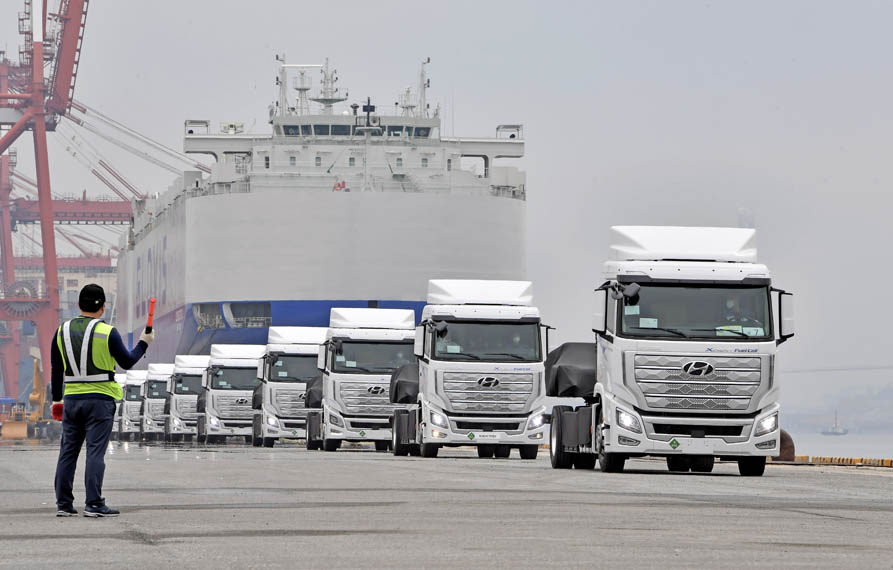 camion-pila-combustible-hidrogeno-hyundai-xcient_6