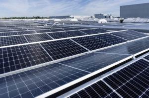mercedes-benz-nueva-fabrica-56_placas-solares