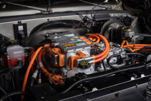 GM-Chevrolet-K5-Blazer-E_electrificada-kit-eCrater_capo