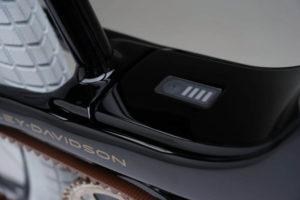 bicicleta-electrica-Harley-Davidson_nueva-marca-Serial-1-Cycle_carga-bateria