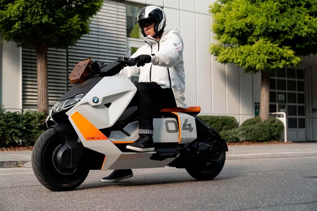 BMW-Motorrad-Definition-CE-04-frontal