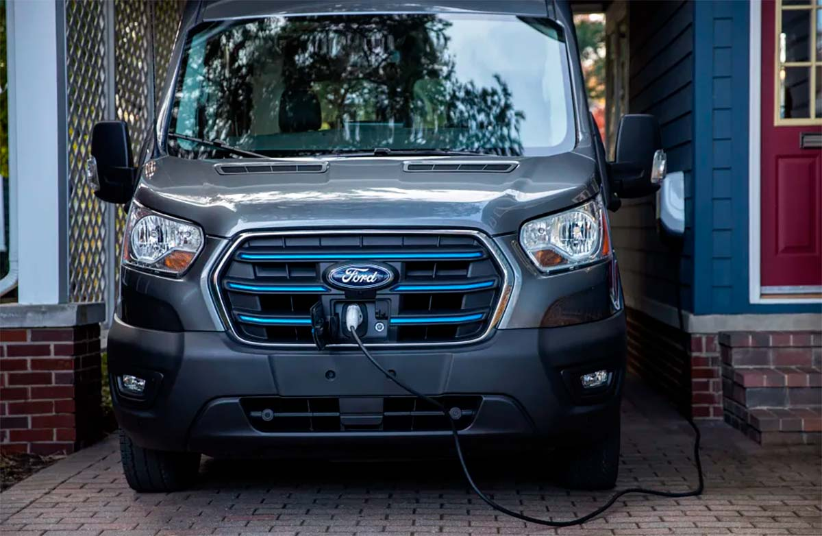 Ford-E-Transit-frontal