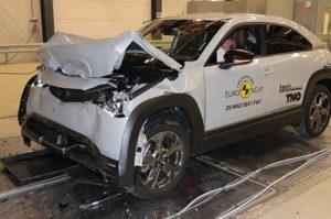 Mazda-MX-30-pruebas-Euro-NCAP_frontal2