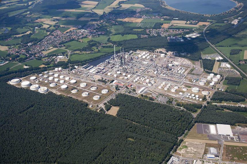 refineria-Lingen-BP-Alemania_plan-hidrogeno-verde-Orsted_vista-pajaro
