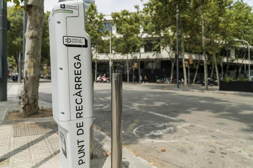 punto-recarga-publico-vehiculos-electricos-Barcelona