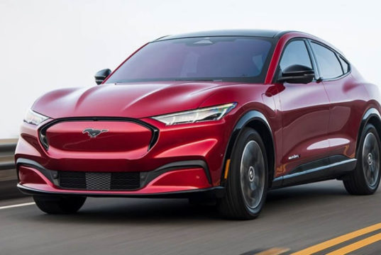 Ford-Mustang-Mach-E_color-rojo