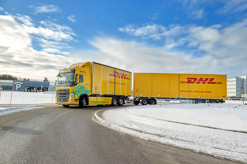 camion-electrico-Volvo-operado-DHL-Freight_doble