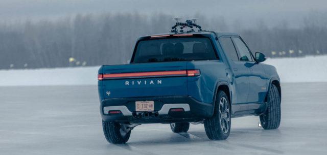 pickup-electrica-rivian-r1t-pruebas-climas-frios-hielo