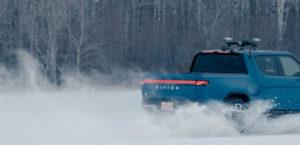 pickup-electrica-rivian-r1t-pruebas-climas-frios-hielo_3
