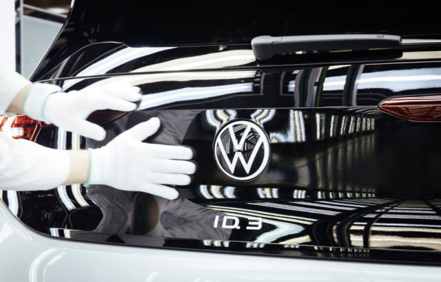 volkswagen-id-3-comienza-produccion-serie-fabrica-Dresde_logo