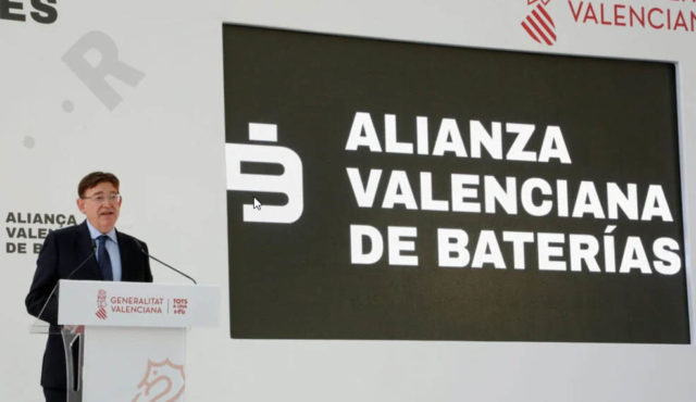 ximo-puig-presidente-Generalitat_anunciando-alianza-valenciana-baterias