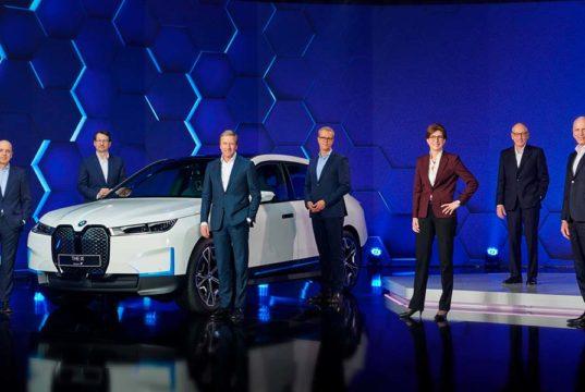 BMW contará con 13 coches eléctricos para 2023