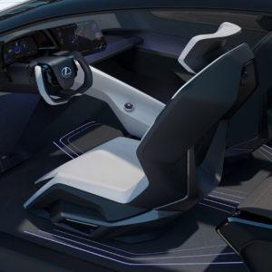 Lexus-LF-Z-Electrified-concept_interior-conductor