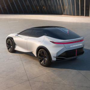 Lexus-LF-Z-Electrified-concept_trasera_2