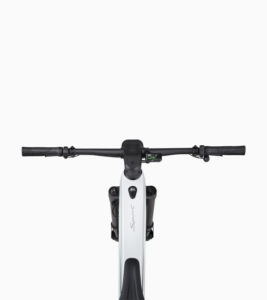Nueva-bicicleta-electrica-Porsche-eBike-Sport_pantalla