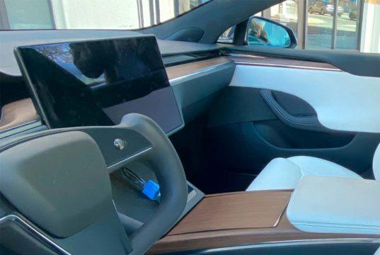 Se confirma que no habrá volante tradicional en los nuevos Tesla Model S y X