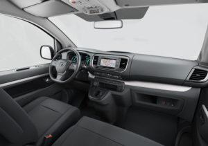 furgoneta-electrica-toyota-proace-verso-electric_interior