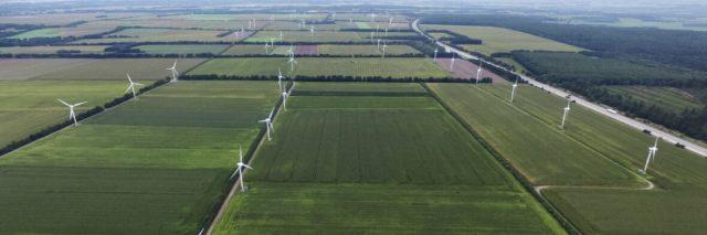 mercedes-benz-utilizara-energia-verde-2022_portada