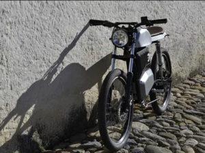 moto-electrica-retro-Pepper_pared