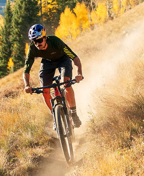 nueva-gama-bicicletas-electricas-Trek_e-Caliber_senderos-2