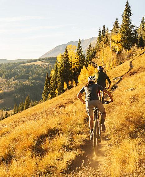 nueva-gama-bicicletas-electricas-Trek_e-Caliber_senderos