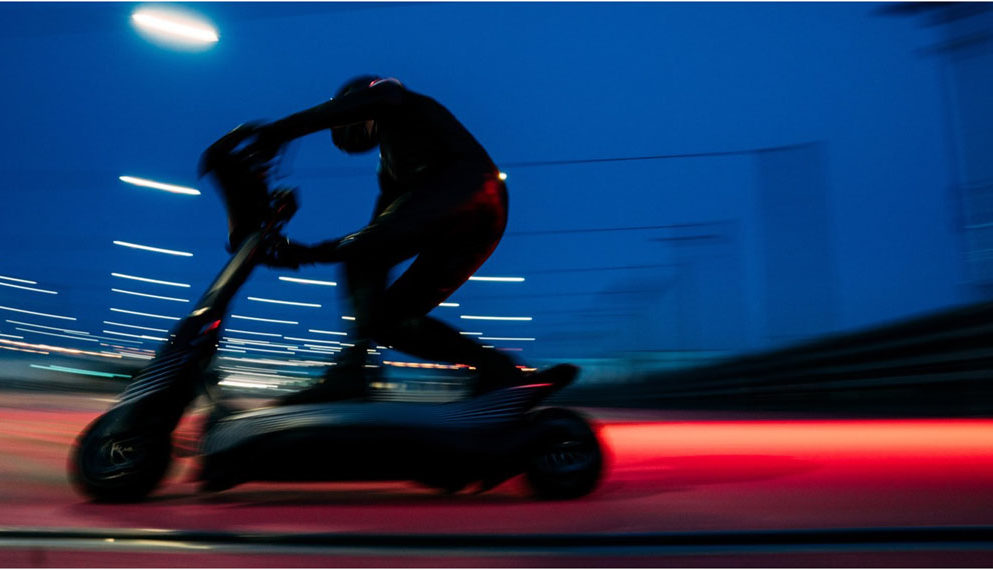 patinete-electrico-S1-X-campeonato-Skootr-movimiento