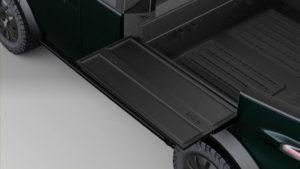 pickup-electrica-Canoo_mesas-laterales-abatibles