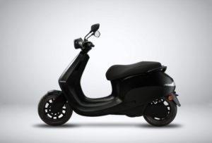 scooter-electrica-Ola_primeras-imagenes_lateral