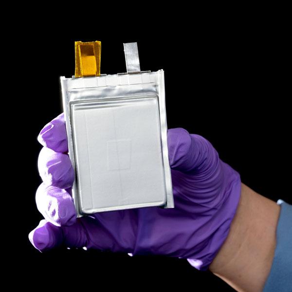 Baterias-estado-solido-Ultium_empresa-conjunta-GM-SES