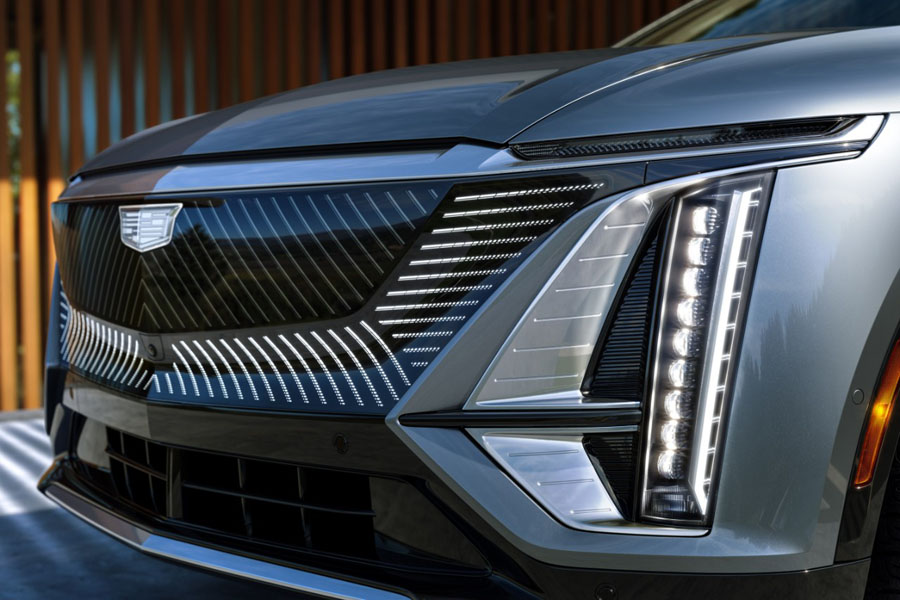 Cadillac-Lyriq_frontal-2