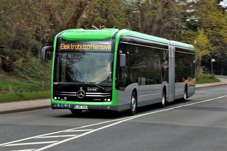 Mercedes-Benz-eCitaro-G_actualizacion-baterias_entregas-USTRA-Hannover.